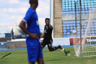 Thulani Hlatshwayo celebrating his goal against Jwaneng Galaxy