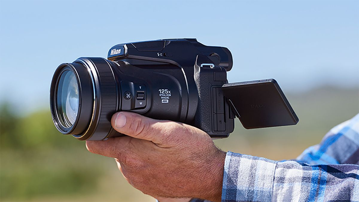 The best Nikon P1000 deals in October 2021: stock updates and prices