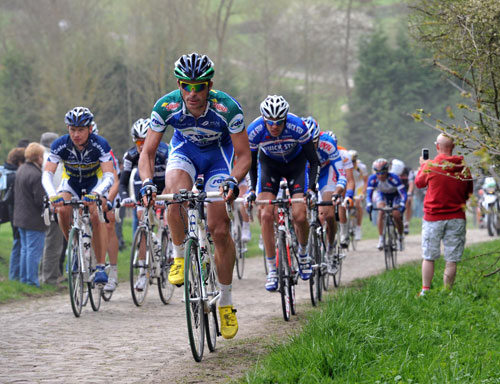 Engoulvent escape, Paris-Roubaix 2010