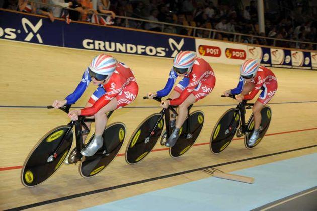 Great Britain womens team pursuit 2010 world track championships Copenhagen[3].jpg
