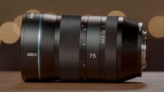Sirui 75mm f/1.8 1.33x Anamorphic lens