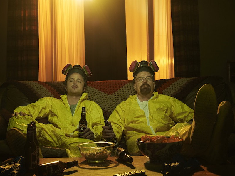 Breaking Bad Season 5 Photos Show The Cast And Walter White's Partner Relationships #22552