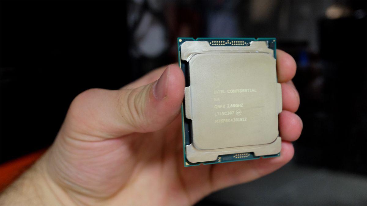 Intel Cascade Lake's official listing reveals server-grade processors
