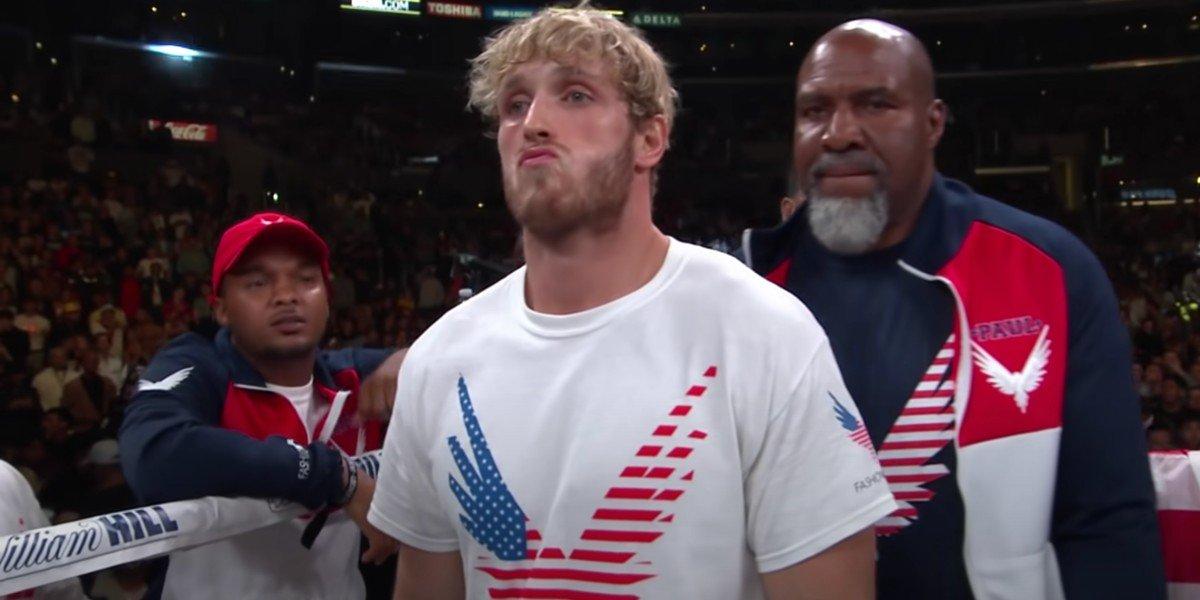 Jake Paul looking smug KSI fight
