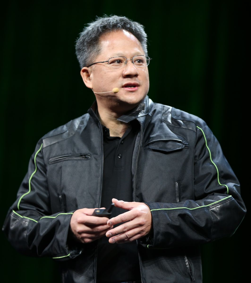 Nvidia Ceo Jen Hsun Huang Apologizes For Miscommunication On Gtx 970 Specs Tom S Hardware