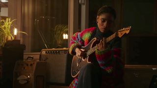 Lianne La Havas and the Fender American Acoustasonic Stratocaster