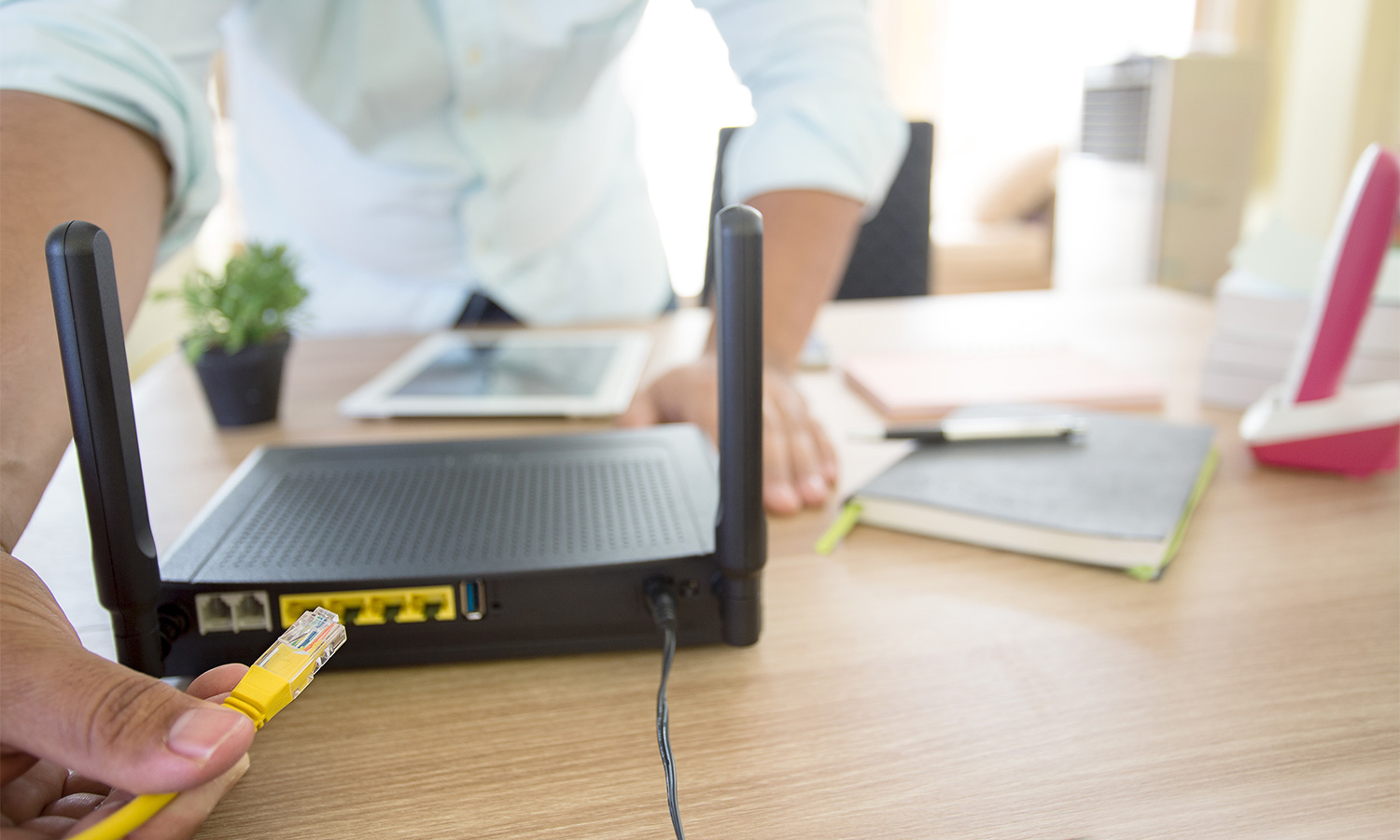 Help Modem vs  Router: How They're Different and What They Do
