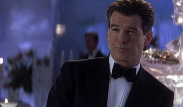 Pierce Brosnan Die Another Day just chilling