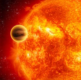 Alien Planets Gather Close Around Dying Star