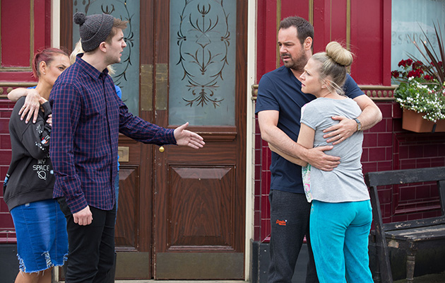 Halfway warns Mick Carter about the accusation of Stuart Highway
