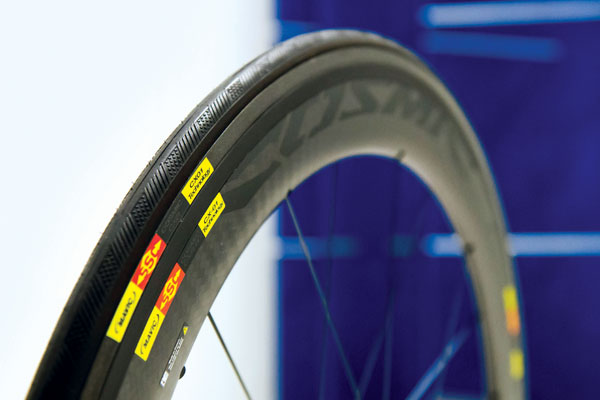 Mavic Cosmic CXR60 Wheelset