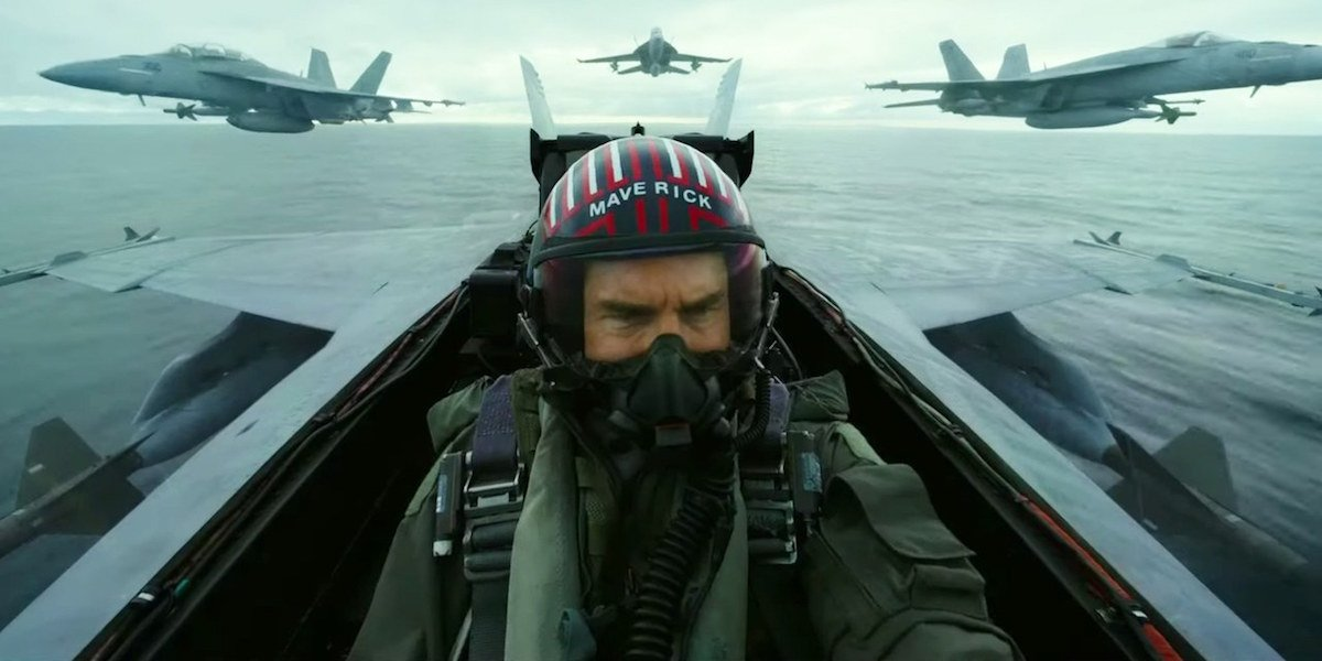 Tom Cruise flying in Top Gun: Maverick