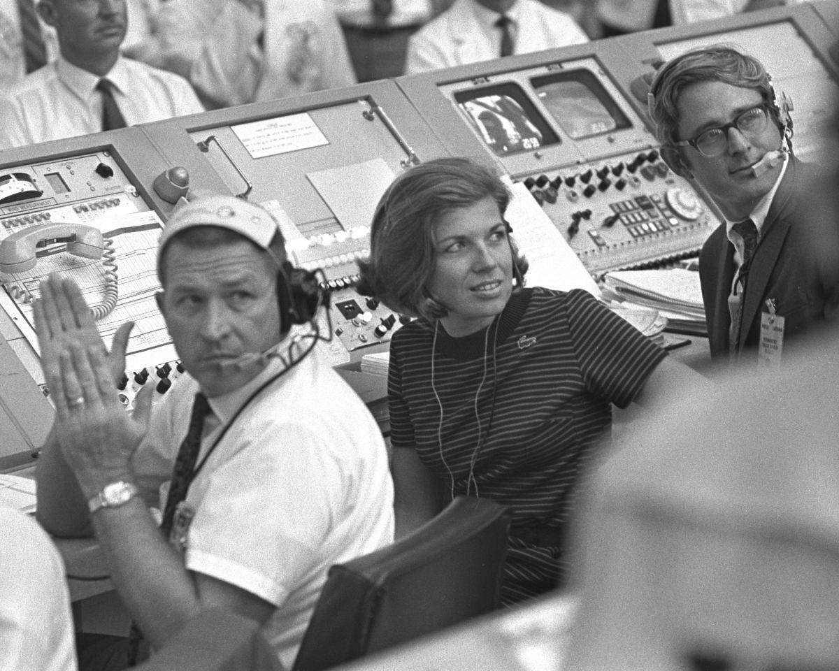 These Women Made NASA's Apollo Moon Missions Possible | Space