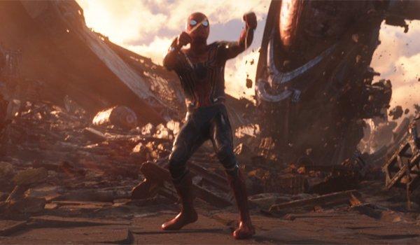 Spider-Man fighting Thanos in Infinity War
