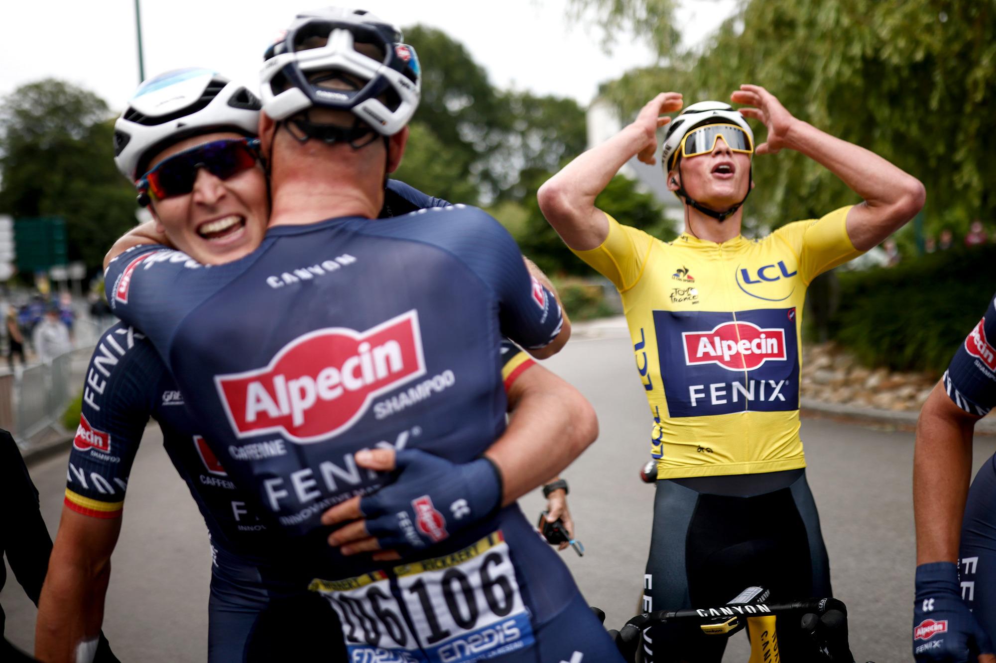 Tour de France 2021 108th Edition 3rd stage Lorient Pontivy 1829 km 28062021 Tim Merlier BEL AlpecinFenix Jasper Philipsen BEL AlpecinFenix photo POOL Stephane MaheBettiniPhoto2021