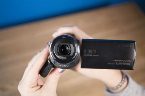 Sony HDR-CX440 Handycam Review - Pros, Cons and Verdict