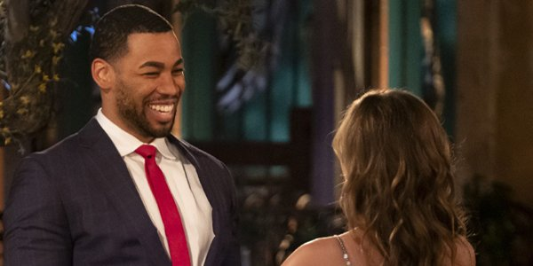 Bachelorette hannah meets Mike on the 2019 premiere ABC