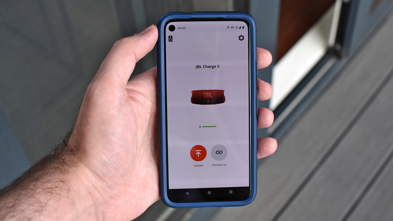 Cómo conectar un altavoz JBL: ejecute la aplicación JBL Connect para altavoces compatibles