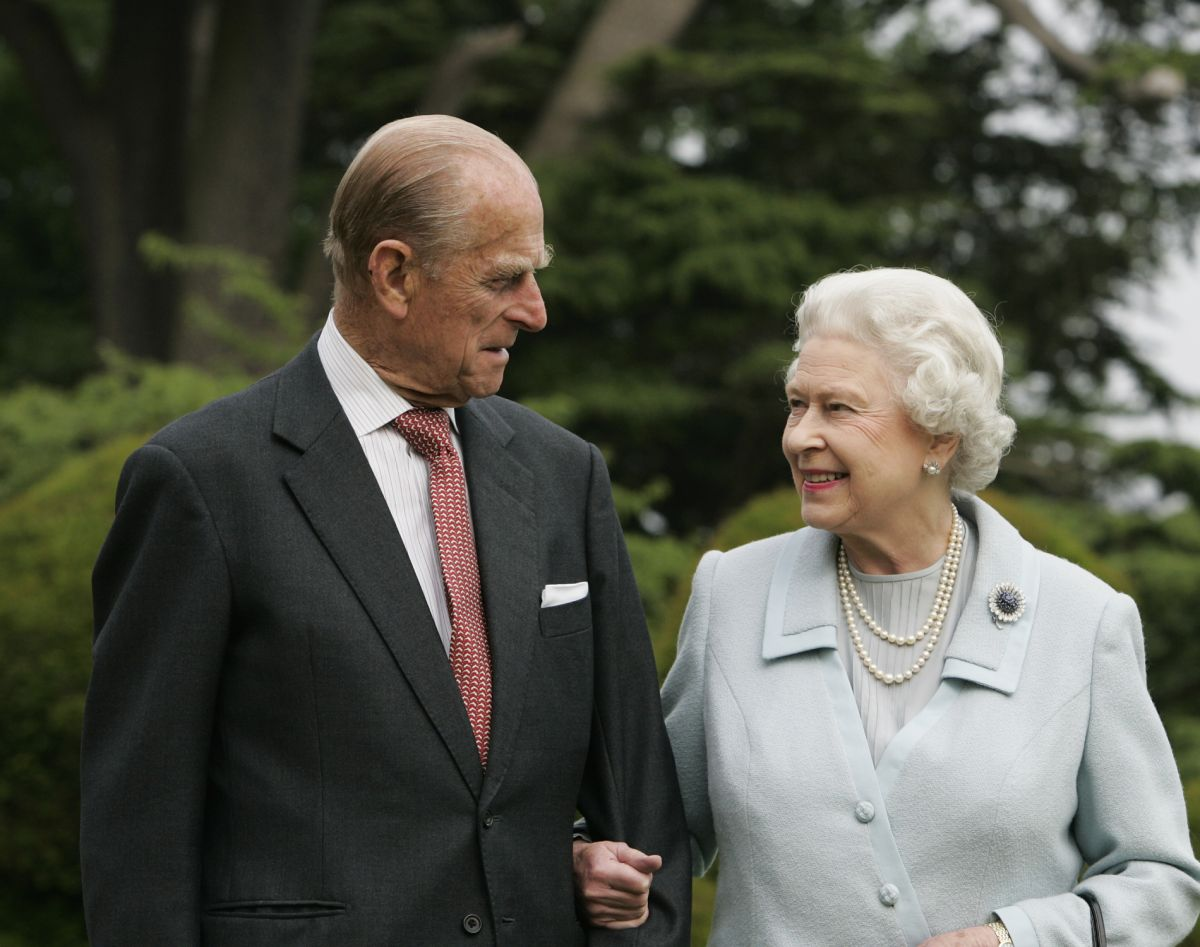 The Queen and Prince Philip sleep in separate beds because of this unusual tradition