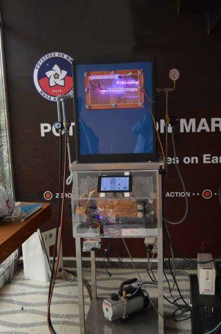 Mars-simulating potato-growing environment