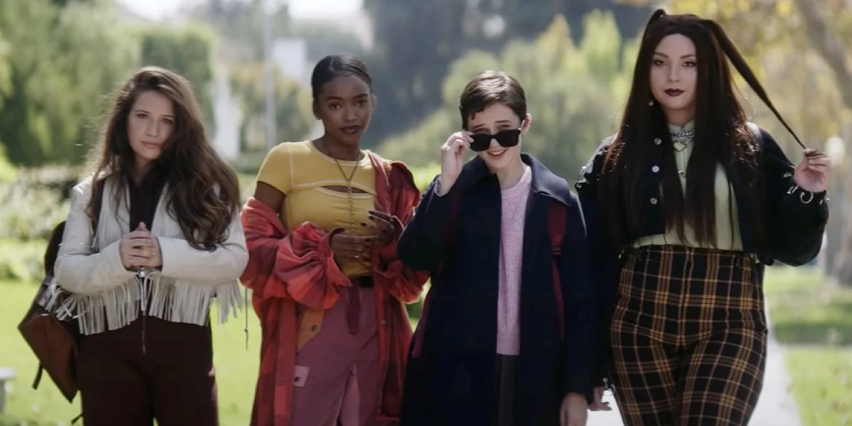 Gideon Adlon, Lovie Simone, Cailee Spaeny, and Zoey Luna in The Craft: Legacy