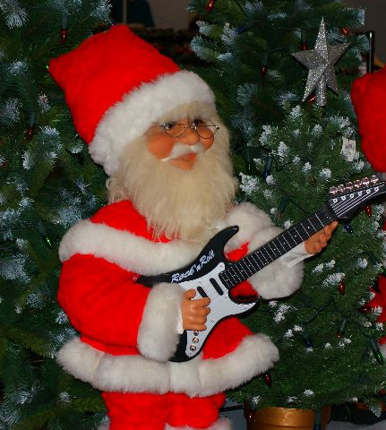 Chords: \'Rockin Around the Christmas Tree\' Brenda Lee | Guitarworld