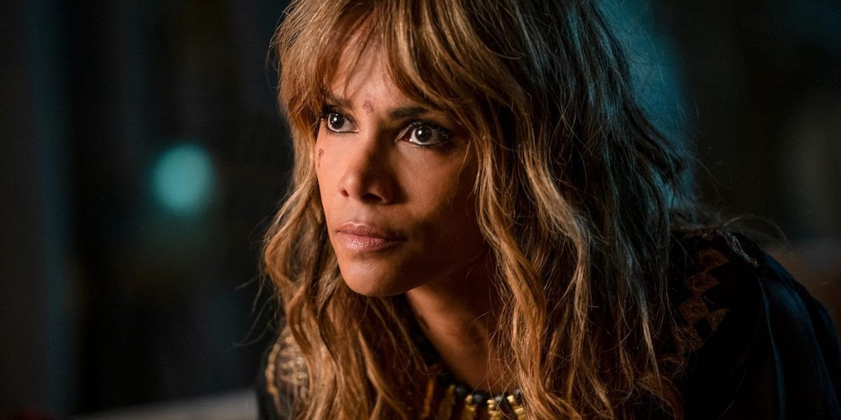 Sofia (Halle Berry) glares in John Wick Chapter 3 (2019)