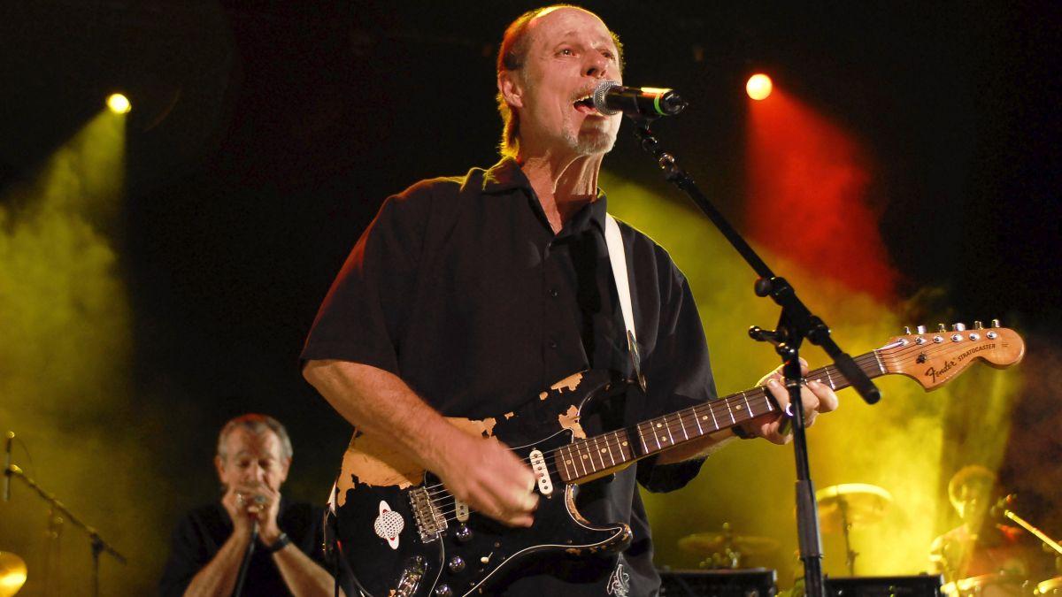 www.guitarworld.com