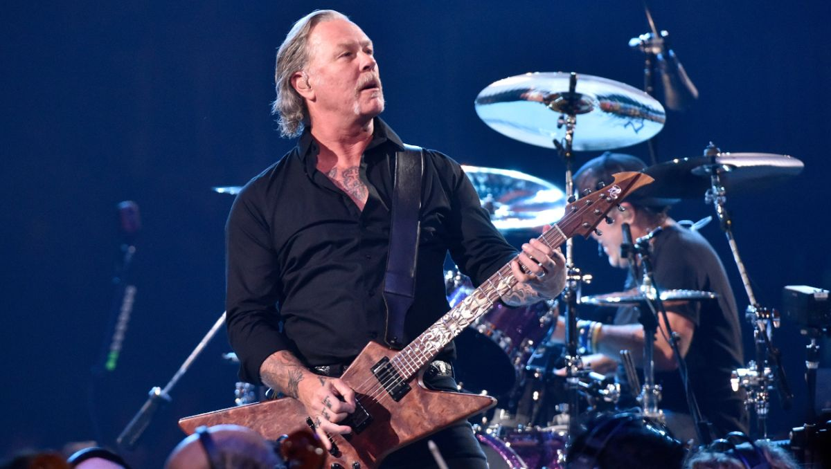 8 Things We Learned At Metallica's S&M2 Show