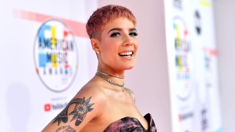 LOS ANGELES, CA - OCTOBER 09: Halsey attends the 2018 American Music Awards at Microsoft Theater on October 9, 2018 in Los Angeles, California.
