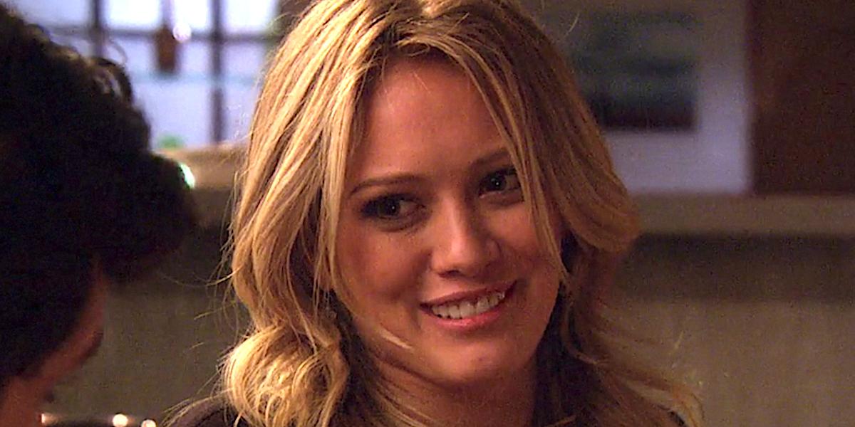 Hilary Duff smiles as Olivia Burke on Gossip Girl