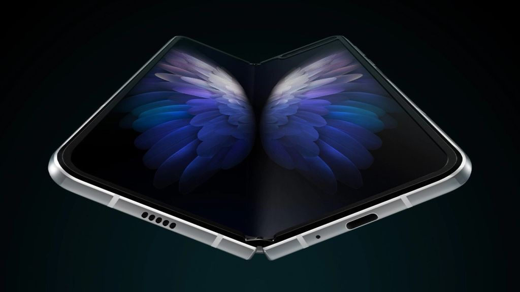 The W20 5G is the Galaxy Fold Samsung should have launched the first time