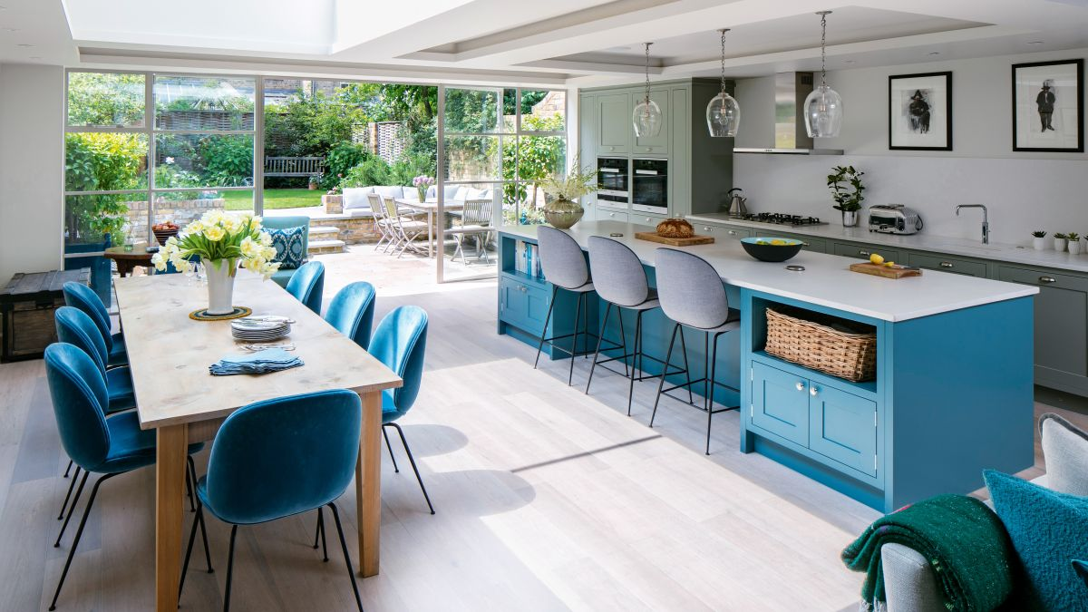 Successfully move or expand your kitchen layout with these kitchen remodel ideas