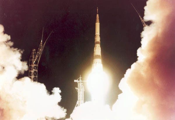 What Was the Space Race? | Space