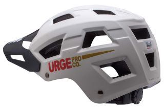 This Urge Venturo is a new generation helmet with a lot of recycling cachet