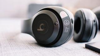 Beats Solo3 wireless headphones deal at Walmart