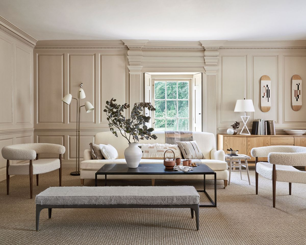 Using texture in interior design – how professionals harness it to add depth and dimension to a room