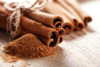 Cinnamon sticks and powder.