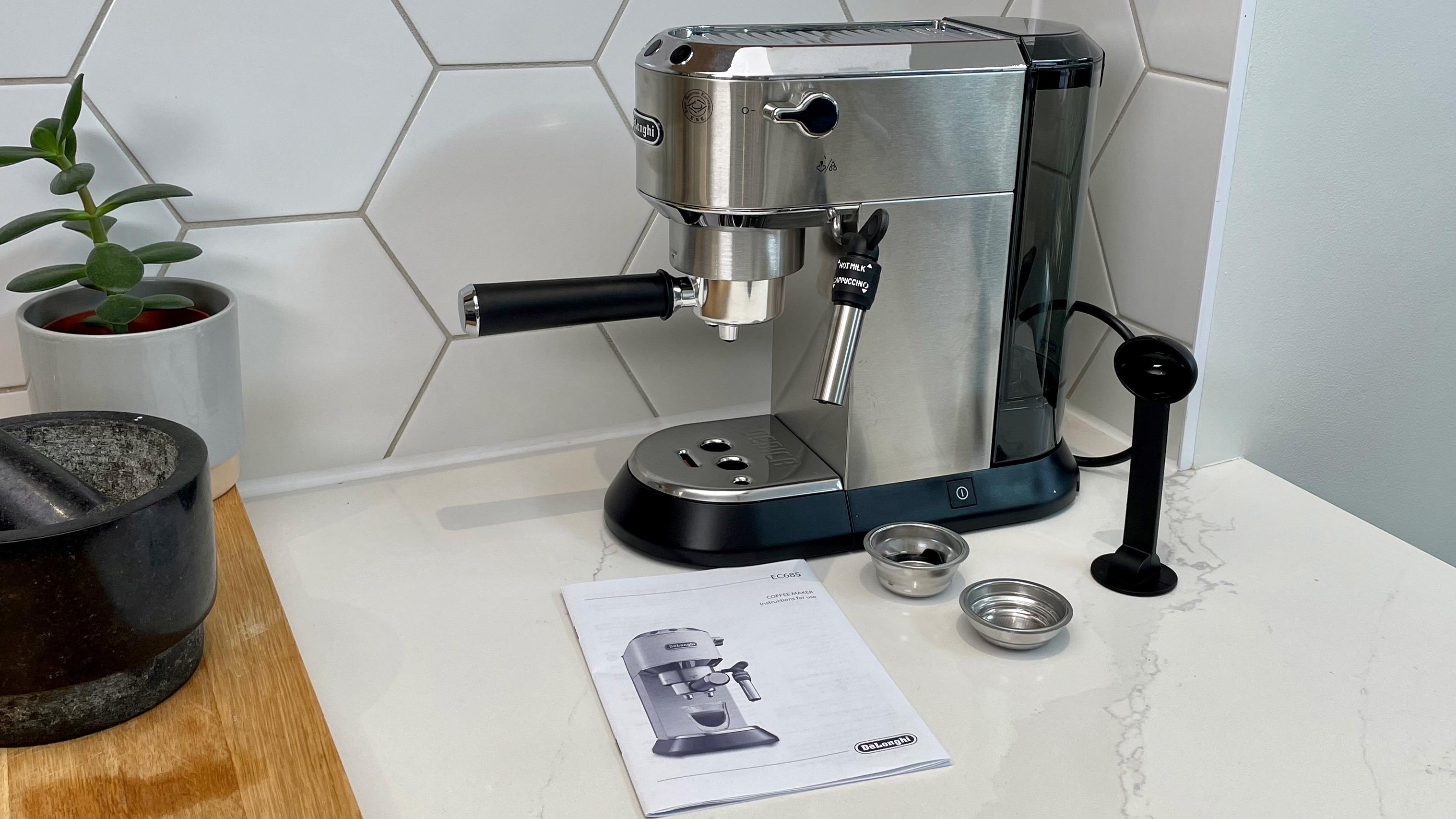 De'Longhi Dedica Style EC685 on a kitchen countertop