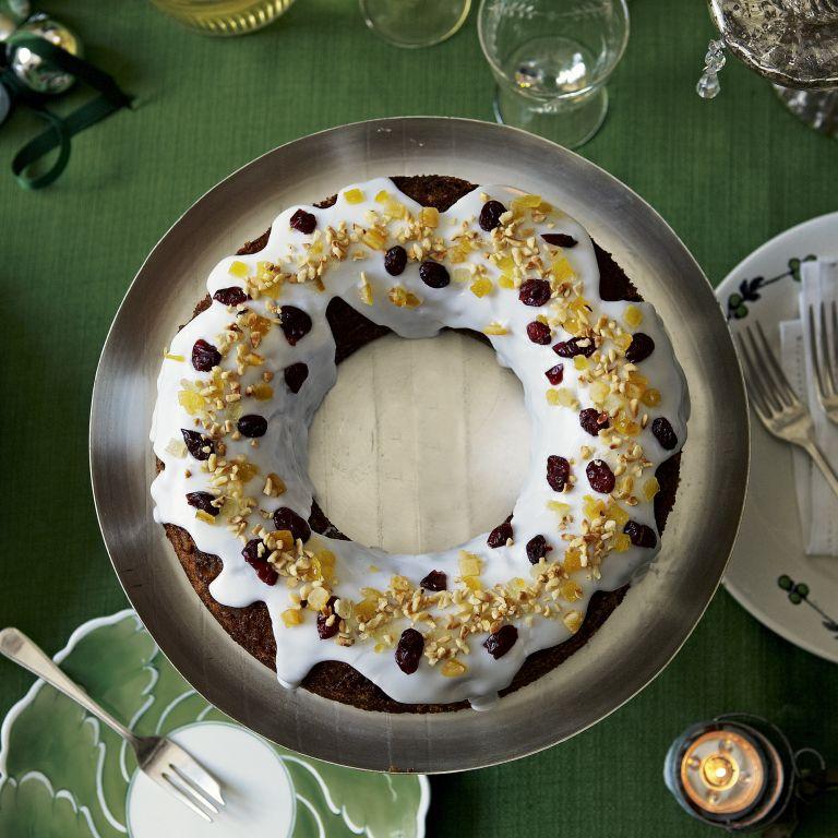 Sticky ginger wreath cake-Christmas-Christmas Food-Woman and home