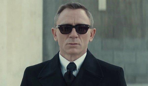 Spectre Daniel Craig wearing sunglasses as James Bond