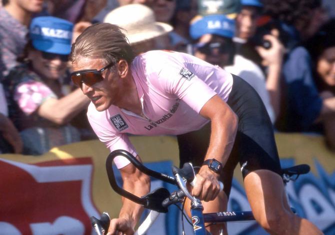 Evgeni Berzin in pink at the 1994 Giro d'Italia