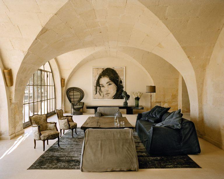 historic farmhouse in Provence