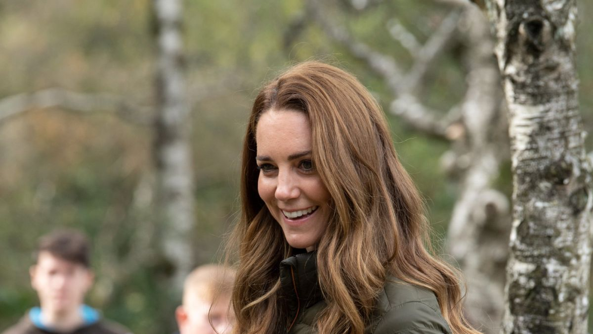Kate Middleton's puffer jacket is the perfect cozy fall cover-up and on sale now for under $70!