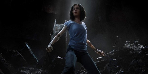 Alita: Battle Angel Alita taking a battle stance in the wastes of the sewers