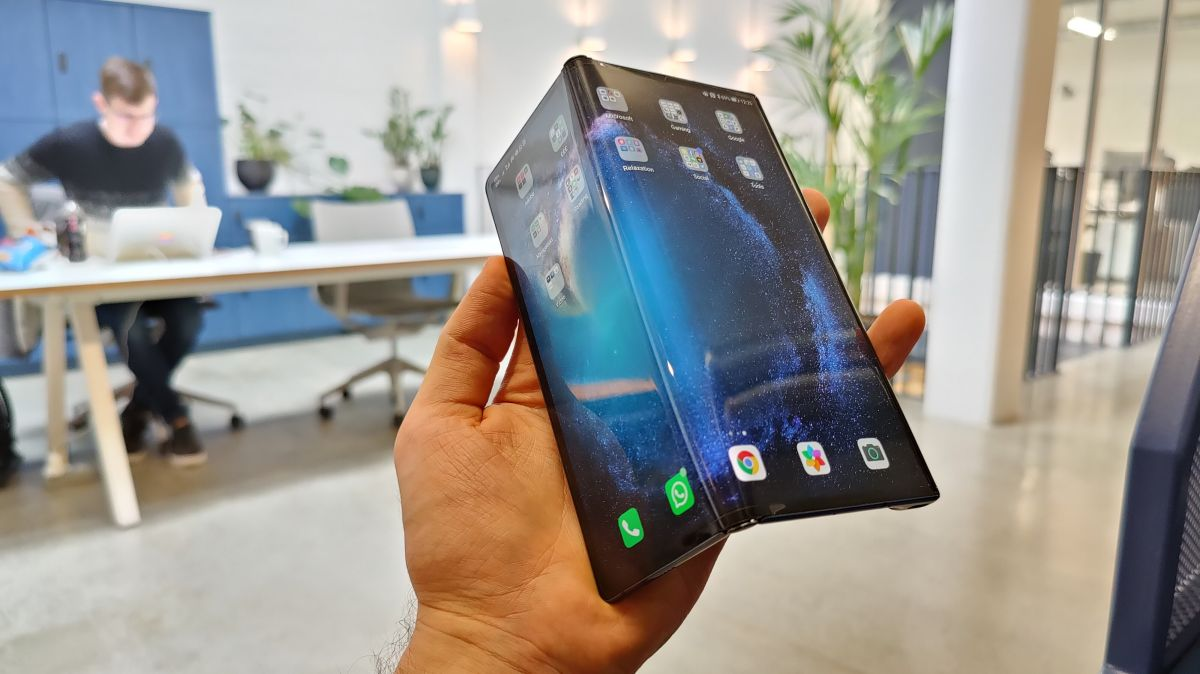 Huawei's Mate X foldable phone successor may look a lot like the Samsung Galaxy Fold - TechRadar