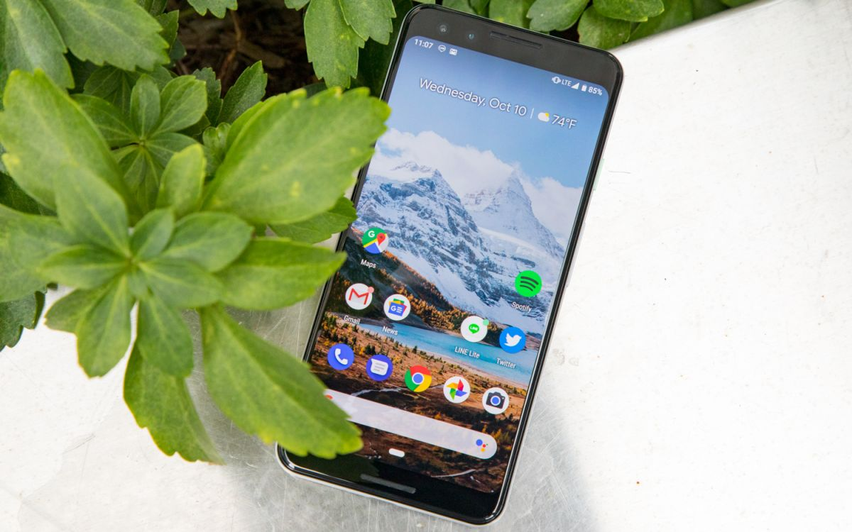 Best Small Phones of 2019: Top Picks Under 6 Inches | Tom's Guide