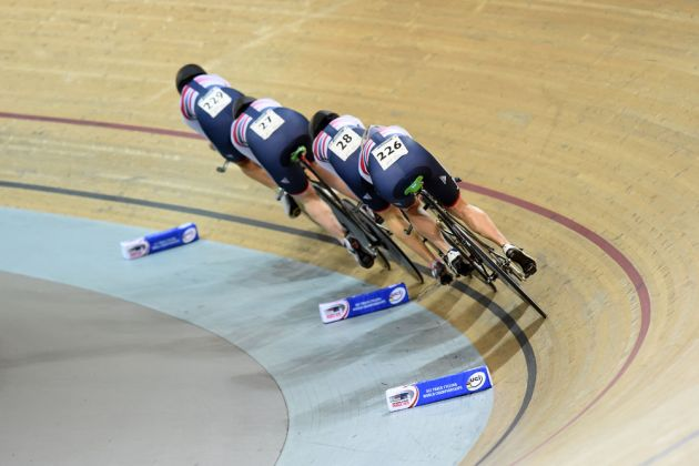 British men on their way to second place in qualifying for the team pursuit