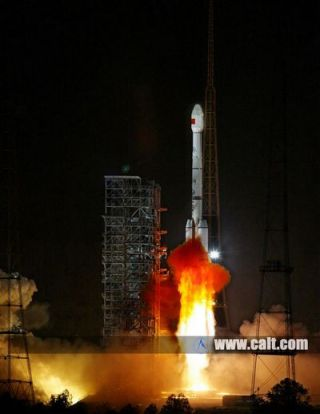 A Chinese Long March 3B rocket launches the new Chinasat 2A military communications satellite into orbit on May 26, 2012, from the Xichang space center.