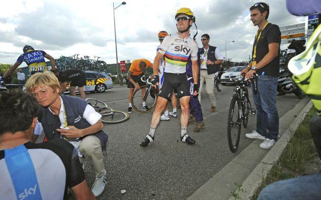 Mark Cavendish crashes, Tour de France 2012, stage four